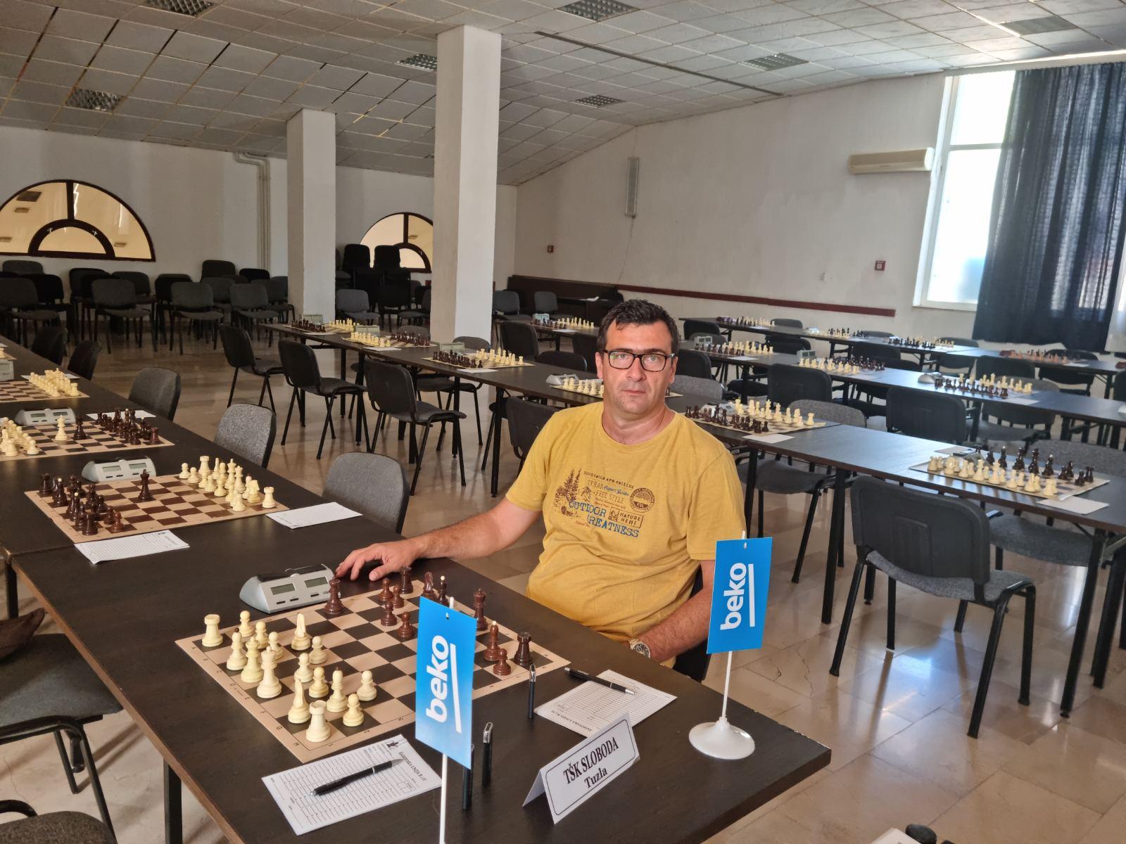 šah 5